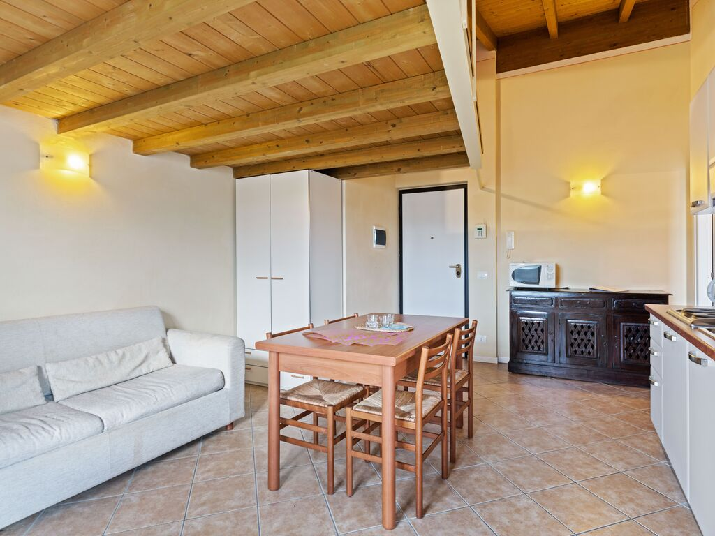 Ferienhaus Komfortables Ferienhaus in Manerba del Garda mit Pool (244573), Nuvolento, Brescia, Lombardei, Italien, Bild 13