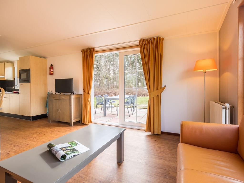 Ferienhaus Gemütl. Chalet mit Kombi-Mikrowelle, neben Naturschutzgebiet (257033), Borger, , Drenthe, Niederlande, Bild 5