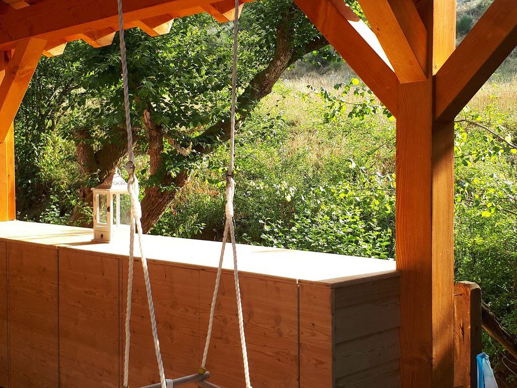 Ferienhaus Gemütliches Chalet mit Kamin in einem Waldgebiet (258670), Schönecken, Südeifel, Rheinland-Pfalz, Deutschland, Bild 12