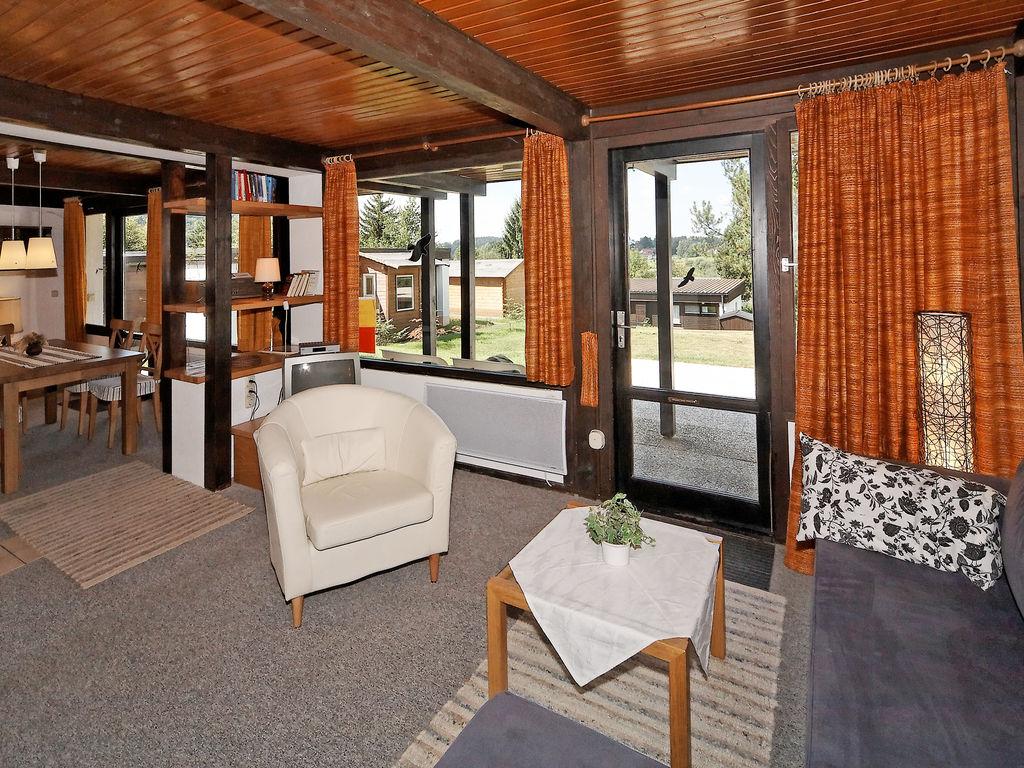 Ferienhaus Freistehendes Ferienhaus mit Terrasse an einem Badesee (264615), Waldkirchen, Bayerischer Wald, Bayern, Deutschland, Bild 4