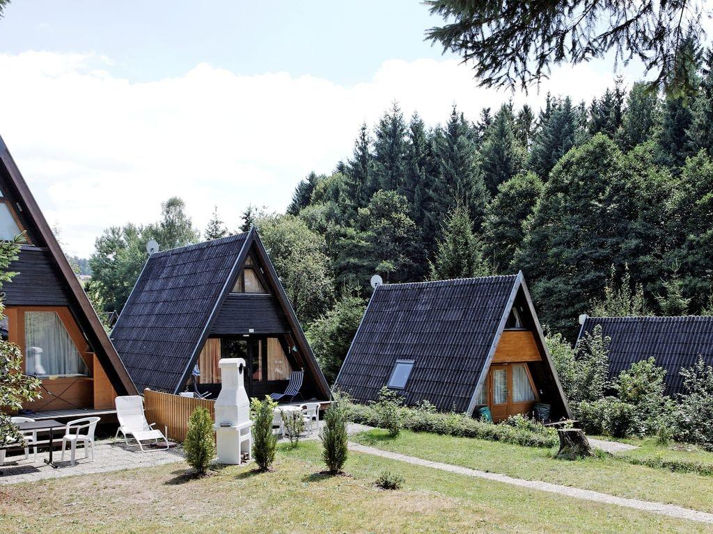 Ferienhaus Freistehendes Ferienhaus mit Terrasse an einem Badesee (264615), Waldkirchen, Bayerischer Wald, Bayern, Deutschland, Bild 1