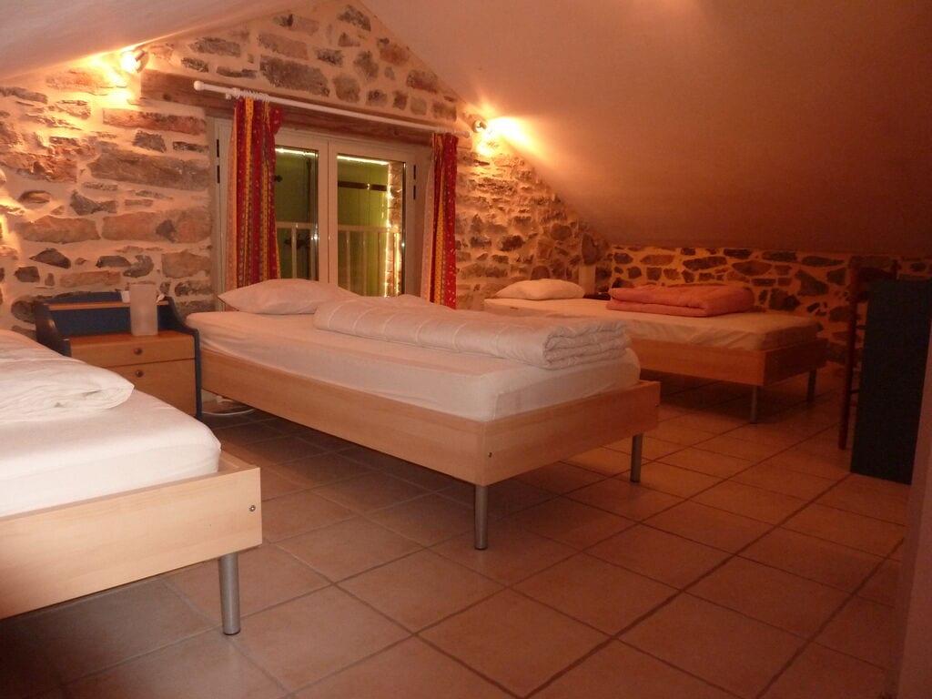 Ferienhaus Geräumiges Ferienhaus mit Swimmingpool in Courry (294386), Saint Ambroix, Gard Binnenland, Languedoc-Roussillon, Frankreich, Bild 4