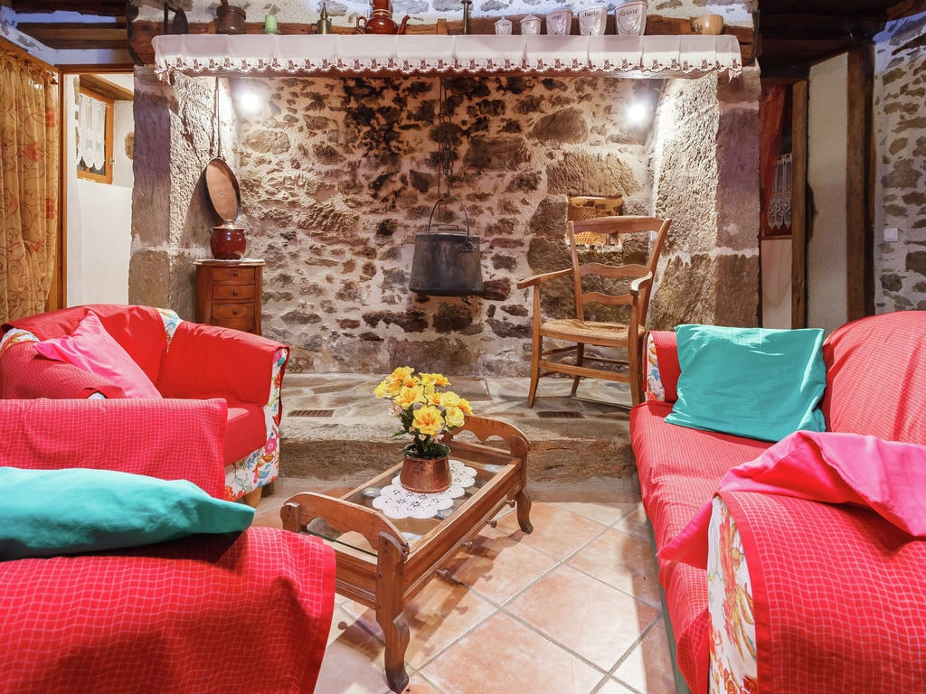 Holiday house Authentique maison auvergnate (295073), Calvinet, Cantal, Auvergne, France, picture 4