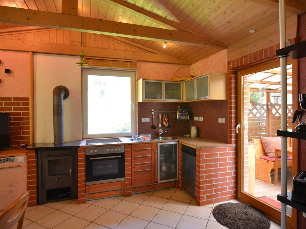 Ferienhaus Schönes Ferienhaus in Friedrichroda inmitten von Wäldern (296825), Friedrichroda, Thüringer Wald, Thüringen, Deutschland, Bild 3