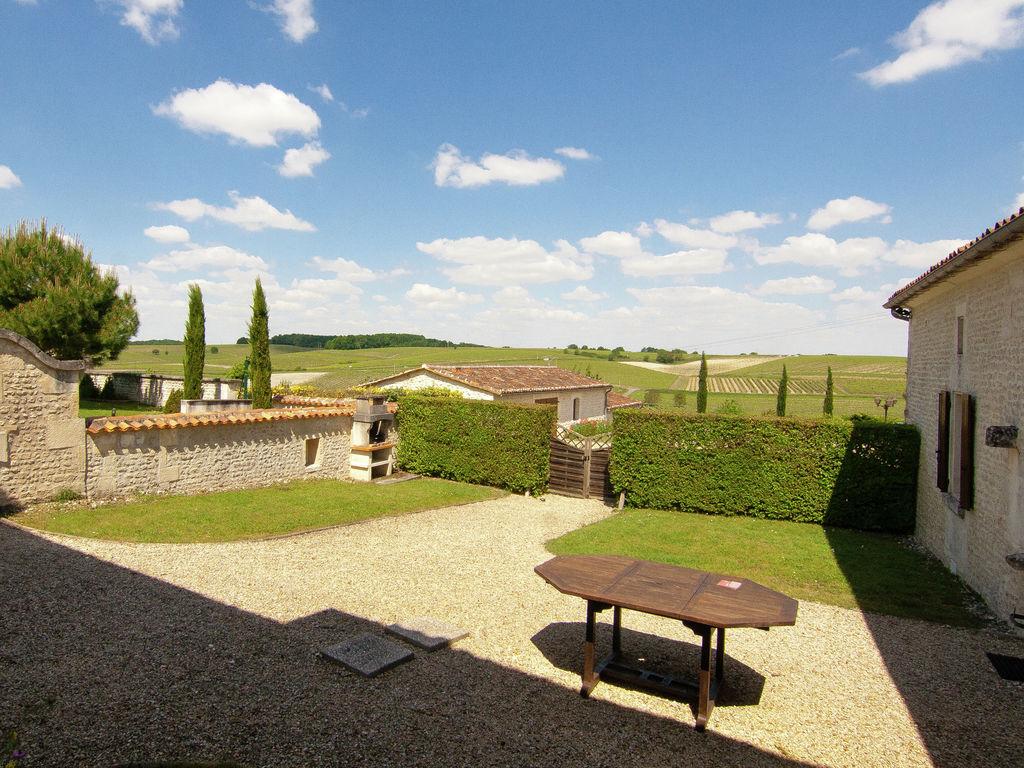 Ferienwohnung Historisches Appartement in Saint-Preuil mit beheiztem Pool (297482), Segonzac, Charente, Poitou-Charentes, Frankreich, Bild 5