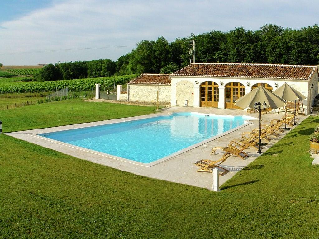 Ferienwohnung Historisches Appartement in Saint-Preuil mit beheiztem Pool (297482), Segonzac, Charente, Poitou-Charentes, Frankreich, Bild 1