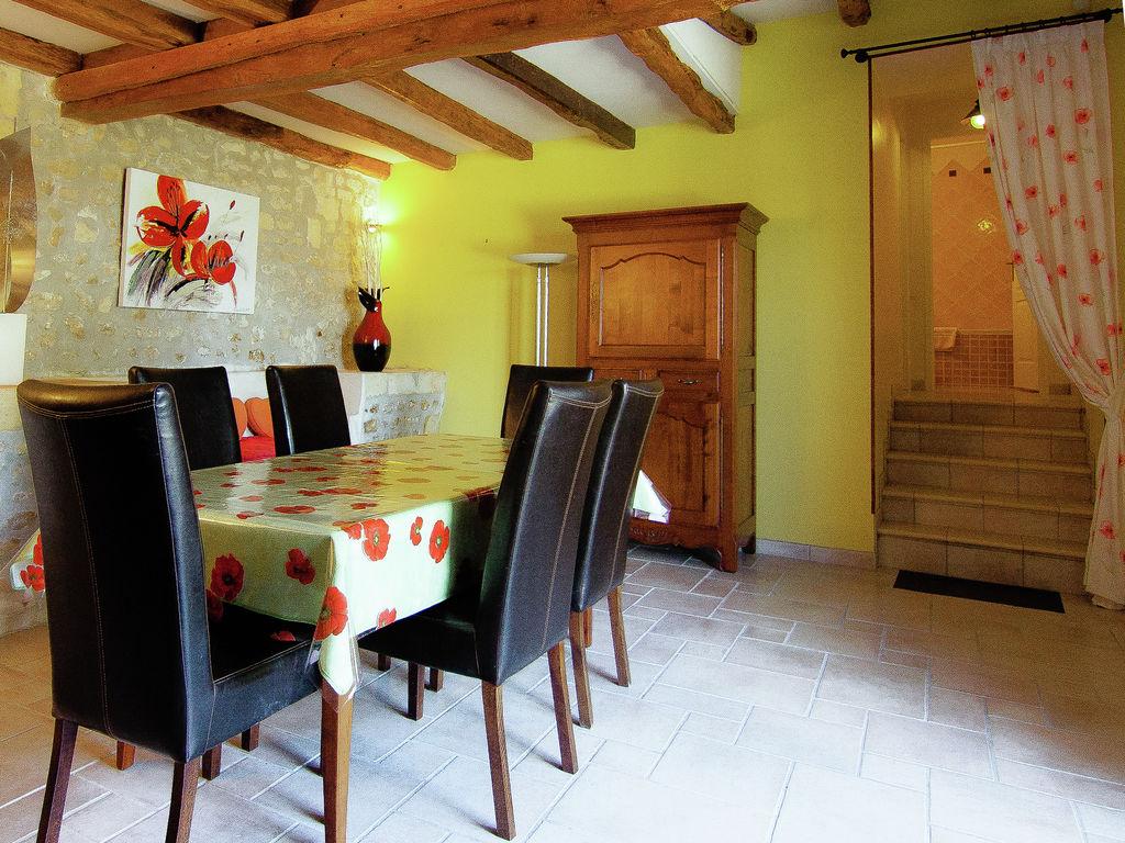Ferienwohnung Historisches Appartement in Saint-Preuil mit beheiztem Pool (297482), Segonzac, Charente, Poitou-Charentes, Frankreich, Bild 11