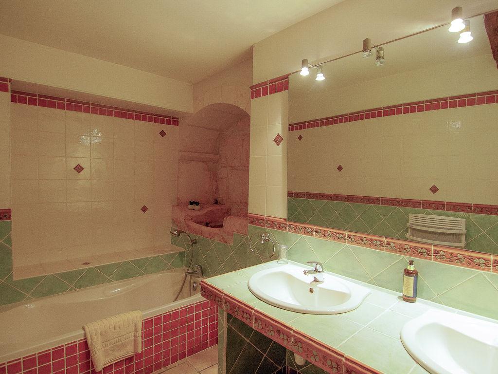 Ferienwohnung Historisches Appartement in Saint-Preuil mit beheiztem Pool (297482), Segonzac, Charente, Poitou-Charentes, Frankreich, Bild 23