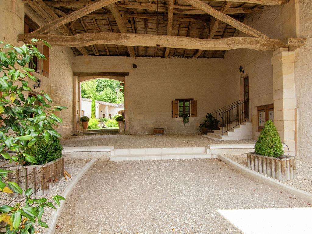 Ferienwohnung Luxusvilla in Saint-Preuil mit Swimmingpool (297484), Segonzac, Charente, Poitou-Charentes, Frankreich, Bild 3