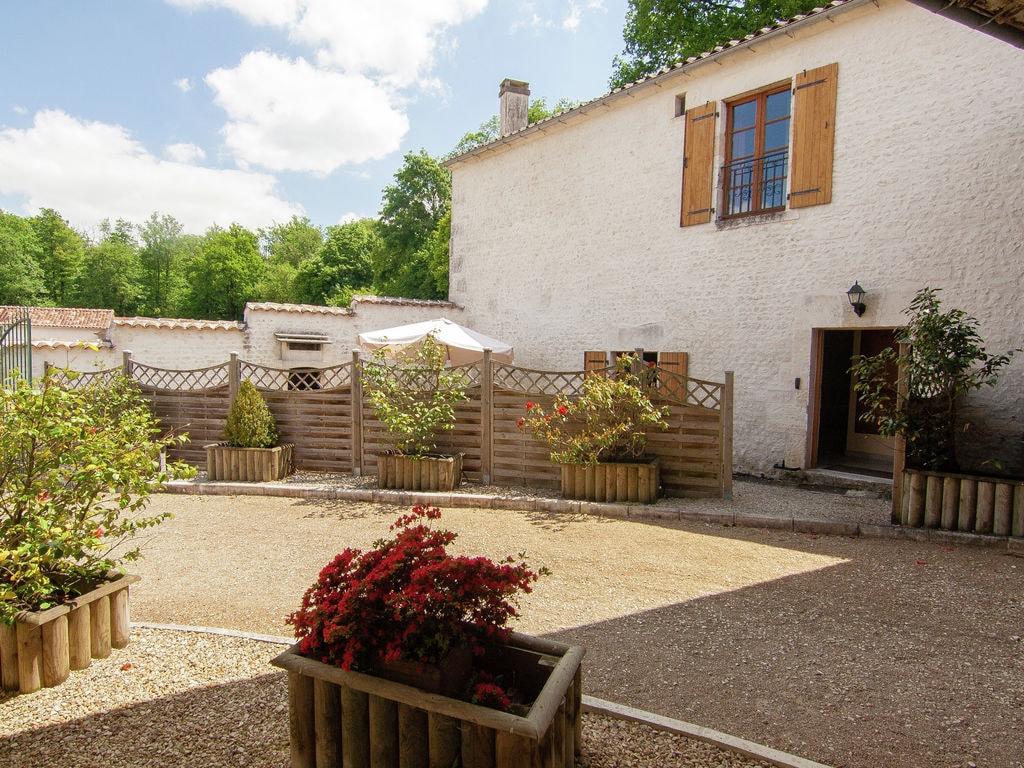 Ferienwohnung Luxusvilla in Saint-Preuil mit Swimmingpool (297484), Segonzac, Charente, Poitou-Charentes, Frankreich, Bild 8