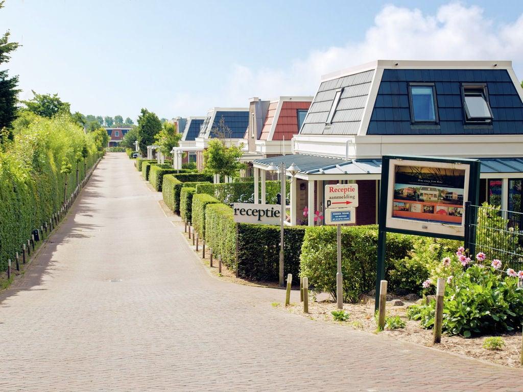 Ferienhaus Komfortables Ferienhaus mit Veranda 1,3 km vom Meer entfernt (297485), Noordwijk aan Zee, , Südholland, Niederlande, Bild 3