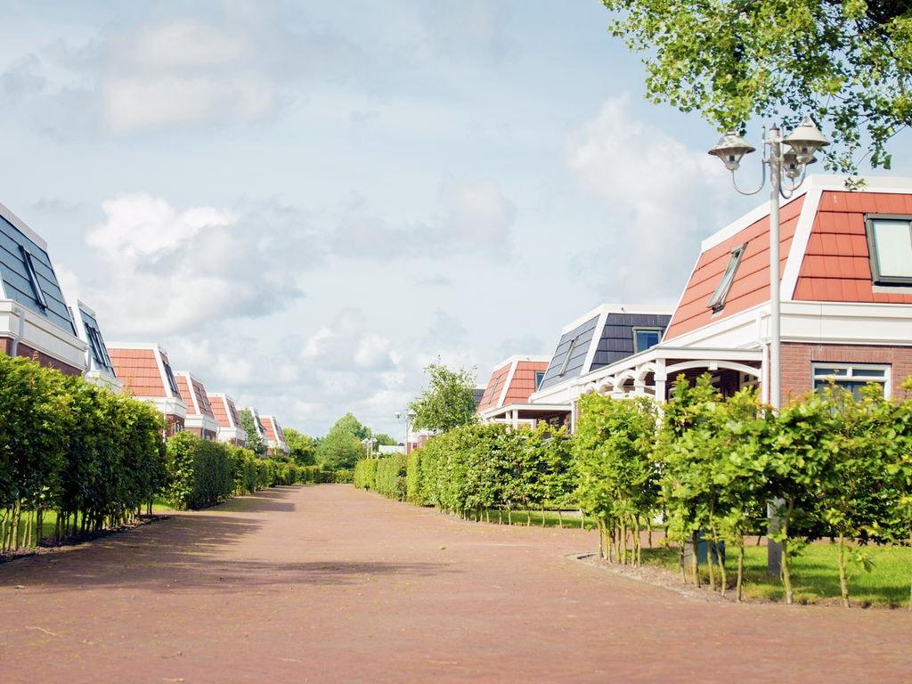 Ferienhaus Komfortables Ferienhaus mit Veranda 1,3 km vom Meer entfernt (297485), Noordwijk aan Zee, , Südholland, Niederlande, Bild 2