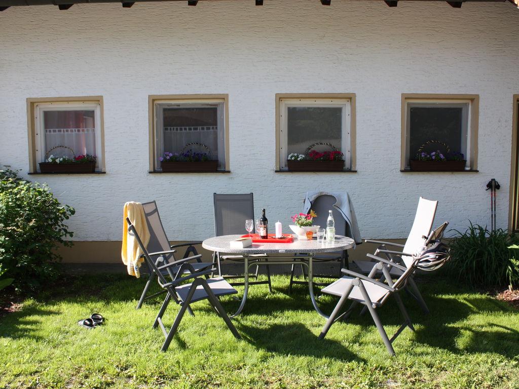 Ferienhaus Charmantes Ferienhaus in Neureichenau, 8 km vom Skigebiet (299905), Neureichenau, Bayerischer Wald, Bayern, Deutschland, Bild 2