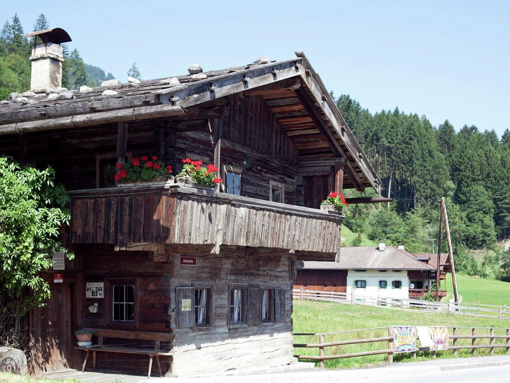 Ferienwohnung Schöne, neu erbaute und zentrumsnahe Ferienwohnung (300404), Hochfügen, Zillertal, Tirol, Österreich, Bild 8
