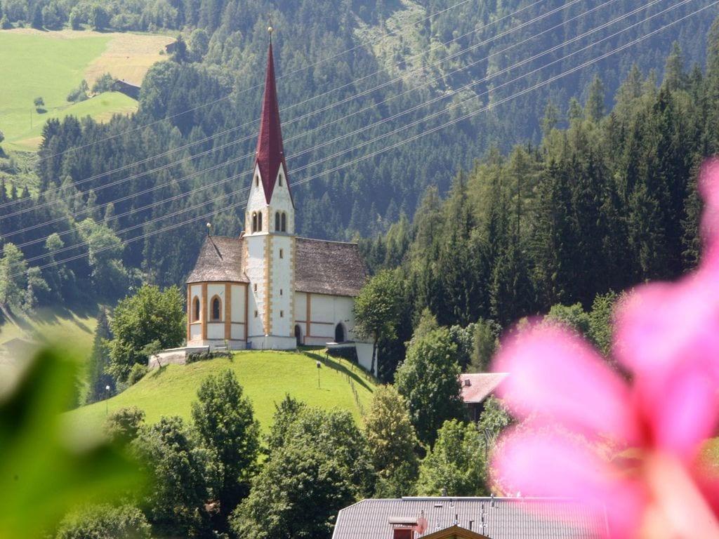 Ferienwohnung Schöne, neu erbaute und zentrumsnahe Ferienwohnung (300404), Hochfügen, Zillertal, Tirol, Österreich, Bild 23
