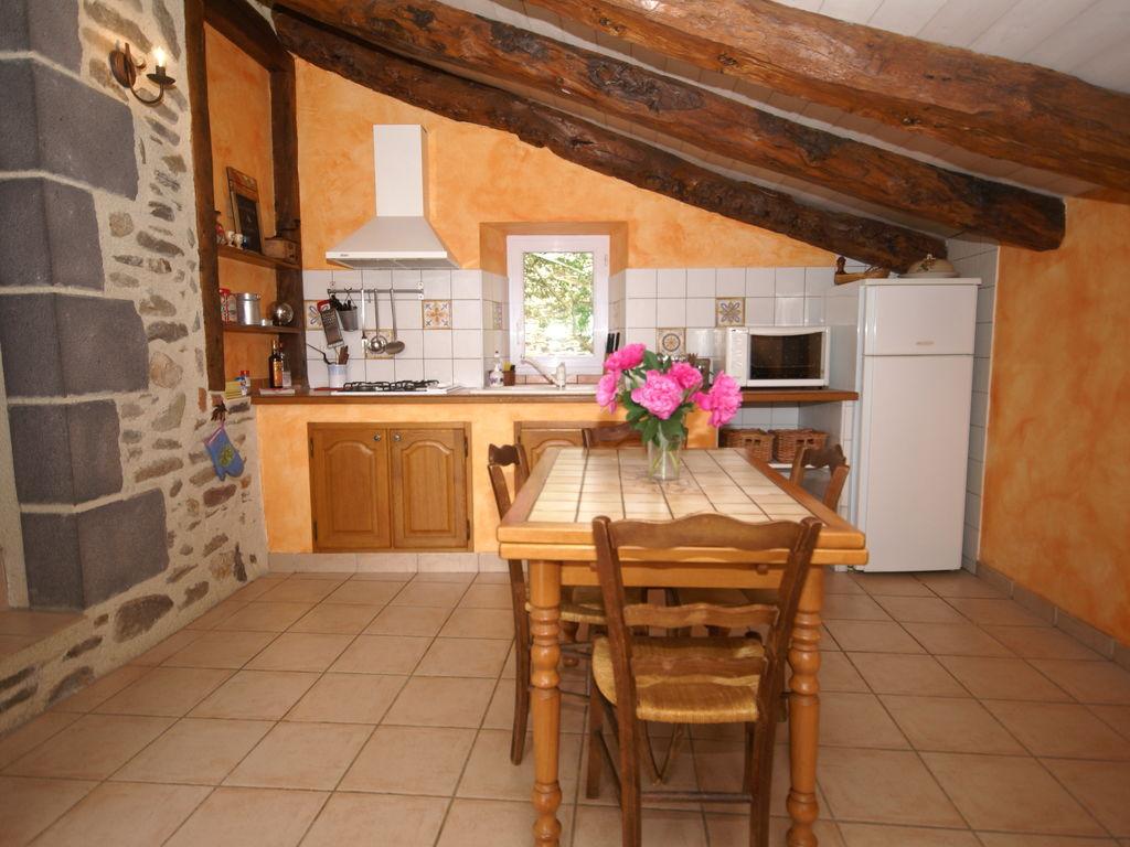 Ferienhaus Maison de vacances - SAINT-BEAUZIRE (305101), Saint Beauzire, Haute-Loire, Auvergne, Frankreich, Bild 7