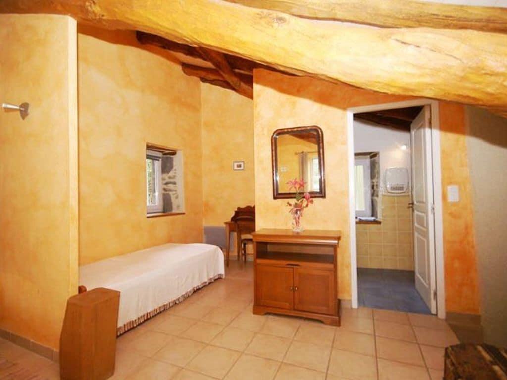 Ferienhaus Maison de vacances - SAINT-BEAUZIRE (305101), Saint Beauzire, Haute-Loire, Auvergne, Frankreich, Bild 6