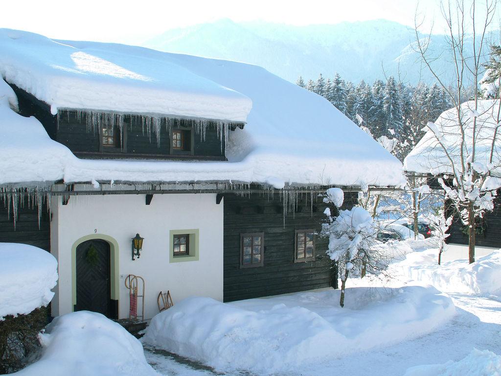 Ferienwohnung Authentisch eingerichtete Wohnung mit Balkon in Kärnten (304342), Latschach ober dem Faaker See, Villach-Land, Kärnten, Österreich, Bild 4