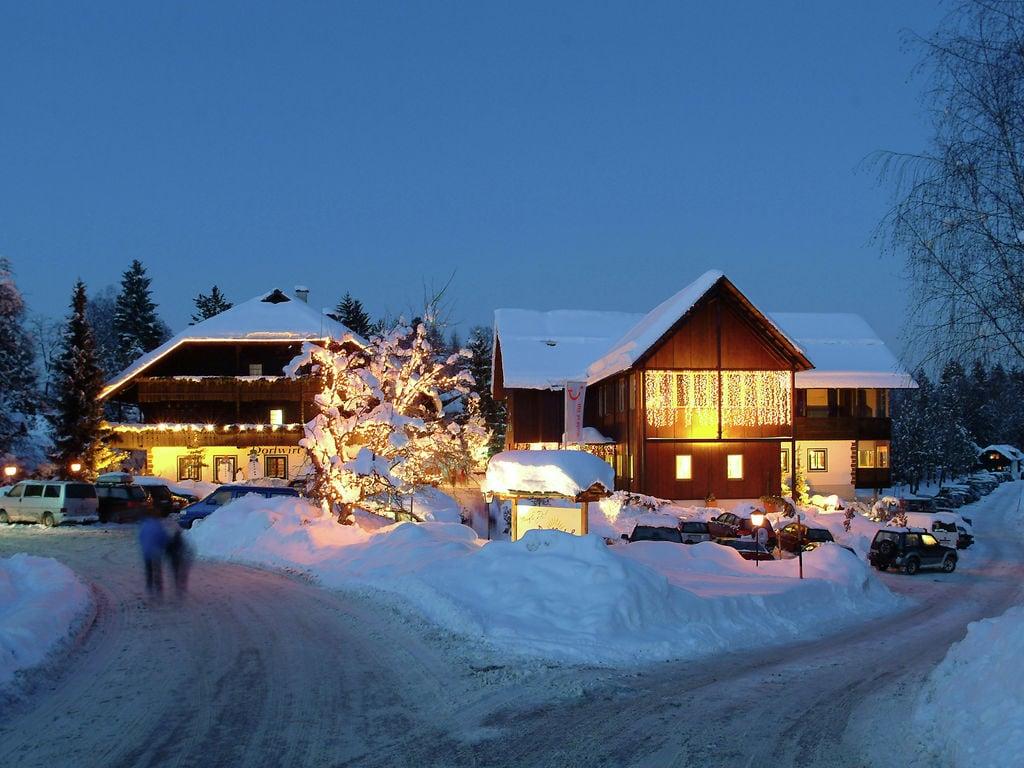 Ferienwohnung Authentisch eingerichtete Wohnung mit Balkon in Kärnten (304342), Latschach ober dem Faaker See, Villach-Land, Kärnten, Österreich, Bild 6