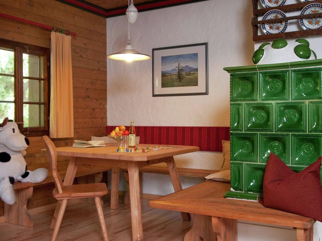 Ferienwohnung Authentisch eingerichtete Wohnung mit Balkon in Kärnten (304342), Latschach ober dem Faaker See, Villach-Land, Kärnten, Österreich, Bild 12