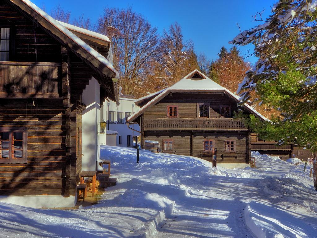 Ferienwohnung Authentisch eingerichtete Wohnung mit Balkon in Kärnten (304342), Latschach ober dem Faaker See, Villach-Land, Kärnten, Österreich, Bild 9