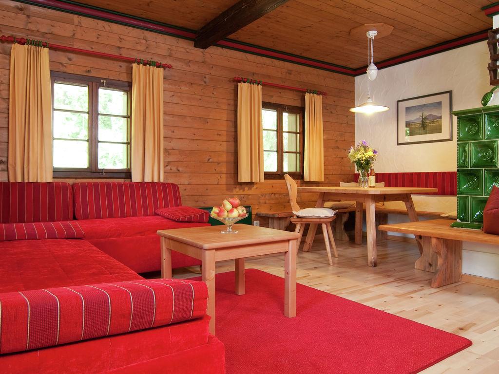 Ferienwohnung Authentisch eingerichtete Wohnung mit Balkon in Kärnten (303718), Latschach ober dem Faaker See, Villach-Land, Kärnten, Österreich, Bild 5