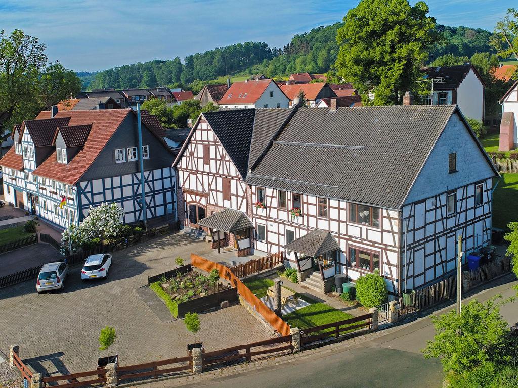 Ferienwohnung Geräumiges Appartement in Ober-Waroldern mit Sauna (316252), Twistetal, Waldecker Land, Hessen, Deutschland, Bild 1