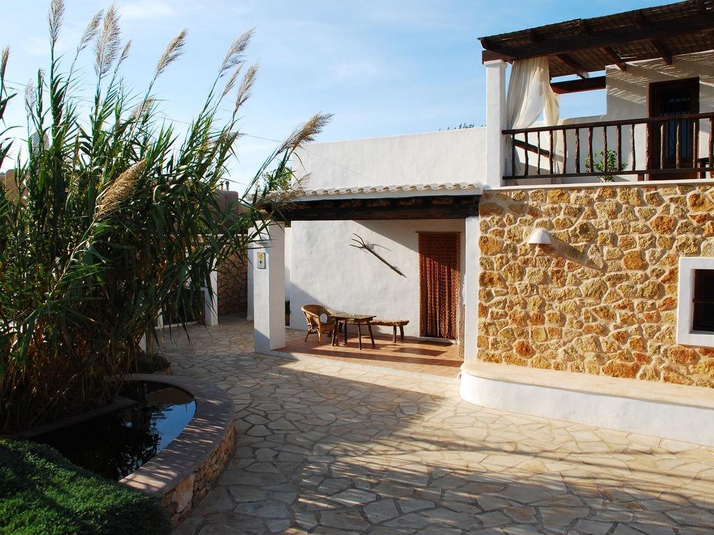 Ferienhaus Großzügige Villa auf den Balearen mit Swimmingpool (562887), Urbanització Sierra Mar, Ibiza, Balearische Inseln, Spanien, Bild 4