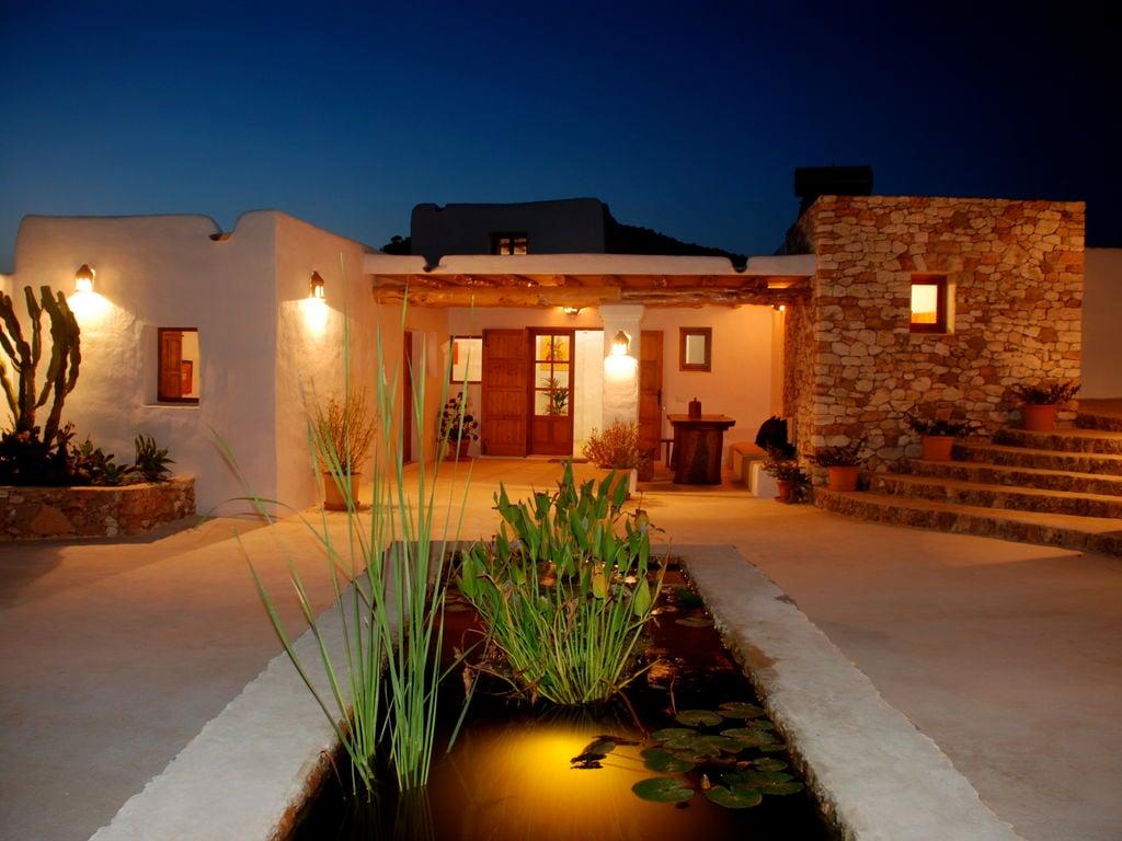 Ferienhaus Großzügige Villa auf den Balearen mit Swimmingpool (605046), Urbanització Sierra Mar, Ibiza, Balearische Inseln, Spanien, Bild 4
