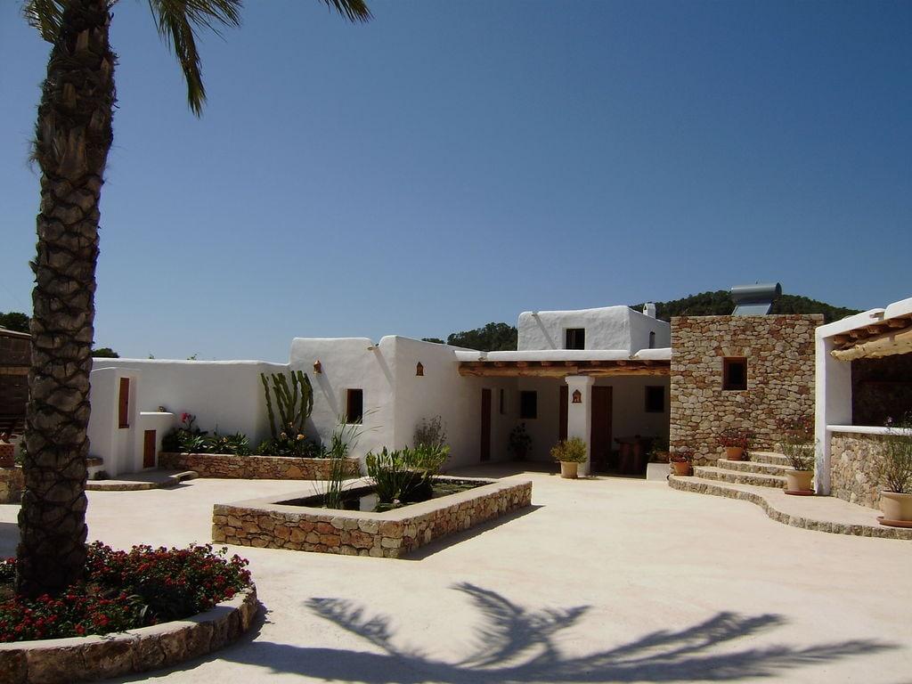 Ferienhaus Großzügige Villa auf den Balearen mit Swimmingpool (605046), Urbanització Sierra Mar, Ibiza, Balearische Inseln, Spanien, Bild 2