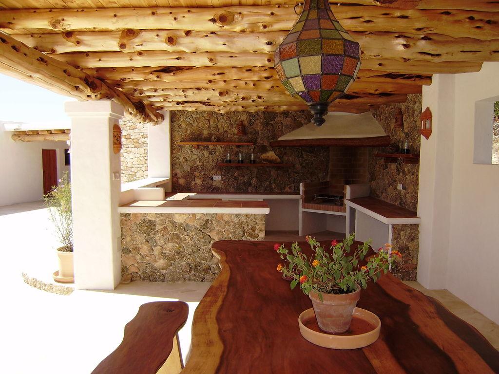 Ferienhaus Großzügige Villa auf den Balearen mit Swimmingpool (605046), Urbanització Sierra Mar, Ibiza, Balearische Inseln, Spanien, Bild 26