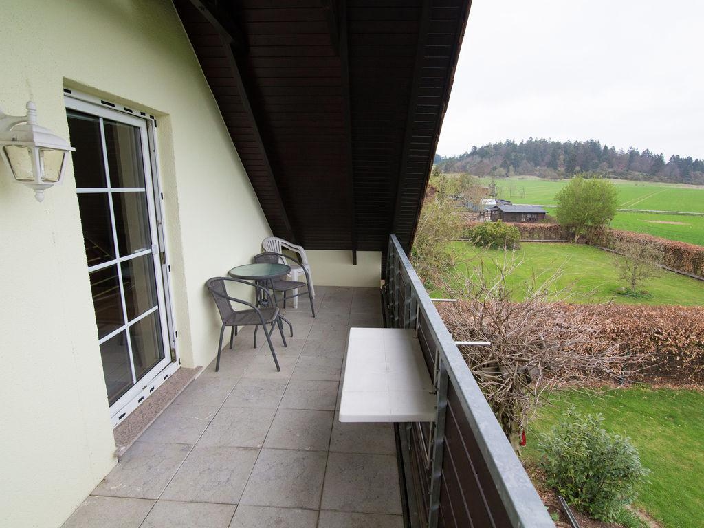 Ferienhaus Gehobenes Ferienhaus in Buchenberg Hessen mit buntem Garten (317780), Vöhl, Waldecker Land, Hessen, Deutschland, Bild 5