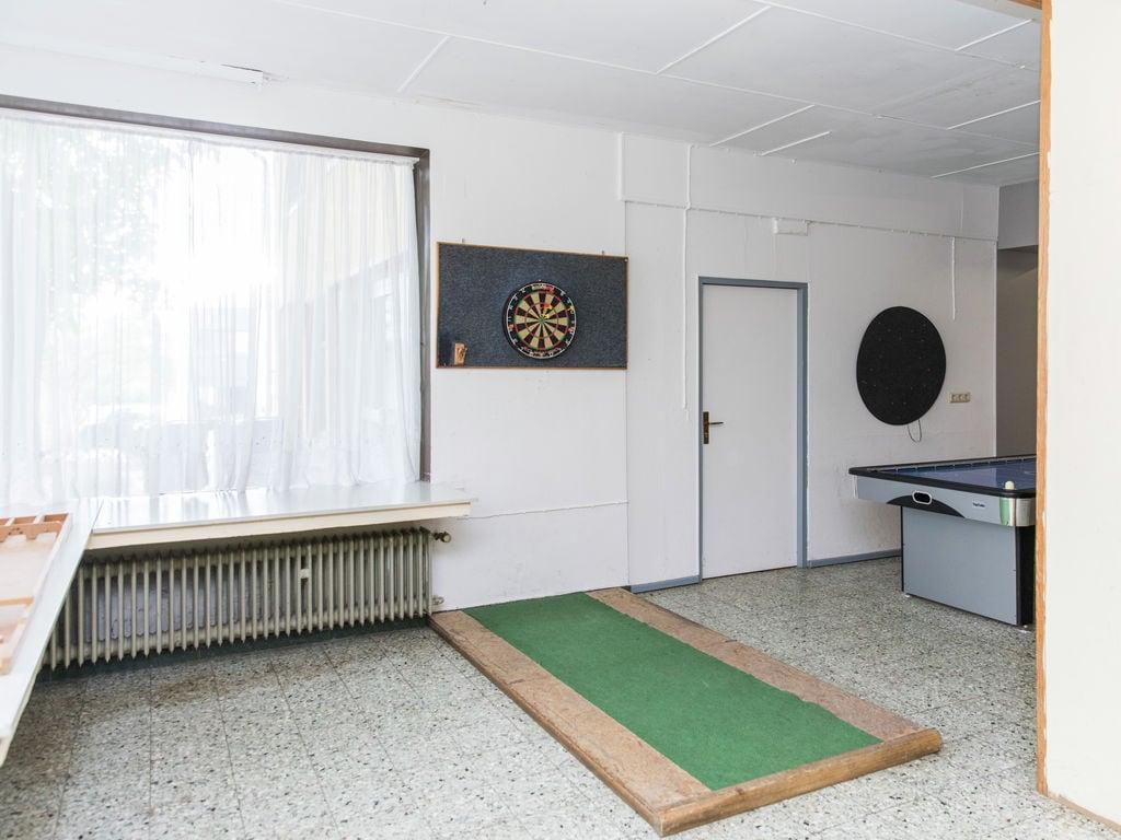 Ferienhaus Großes Ferienhaus in der Eifel mit Grill (334221), Neuerburg, Südeifel, Rheinland-Pfalz, Deutschland, Bild 14