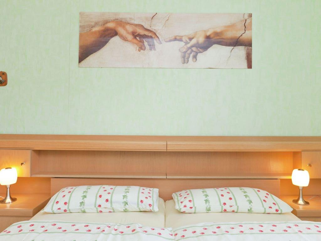 Ferienwohnung Gemütliche Wohnung in Hillesheim, Deutschland, mit Terrasse (319725), Hillesheim, Vulkaneifel, Rheinland-Pfalz, Deutschland, Bild 14