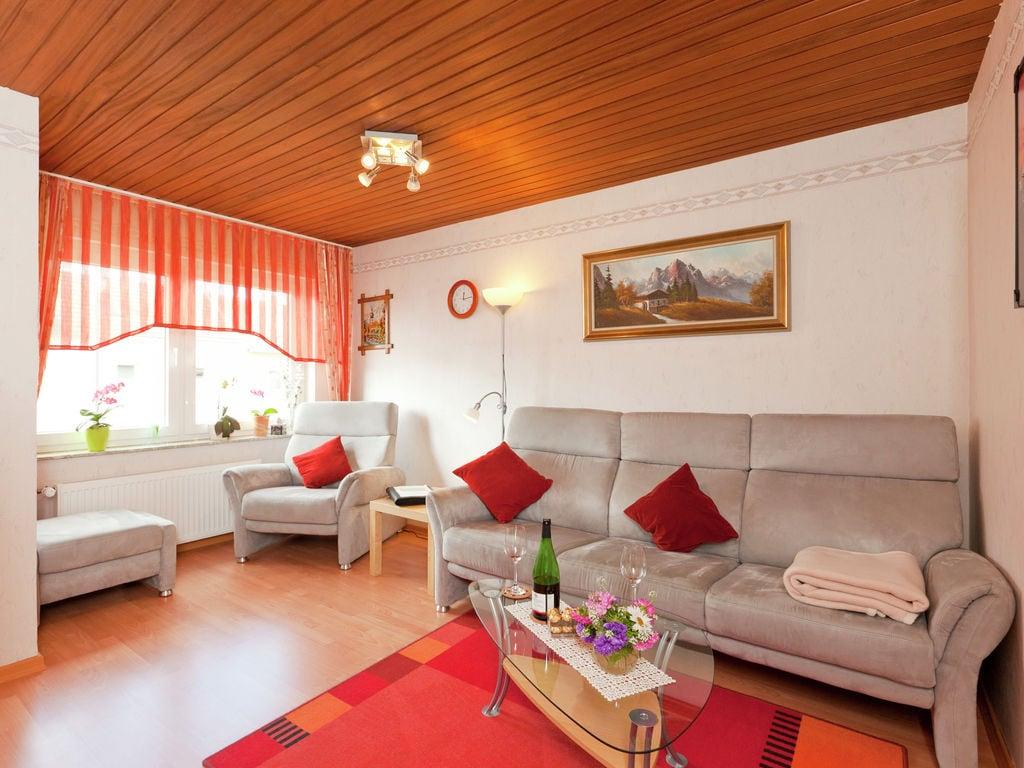 Ferienwohnung Gemütliche Wohnung in Hillesheim, Deutschland, mit Terrasse (319725), Hillesheim, Vulkaneifel, Rheinland-Pfalz, Deutschland, Bild 3