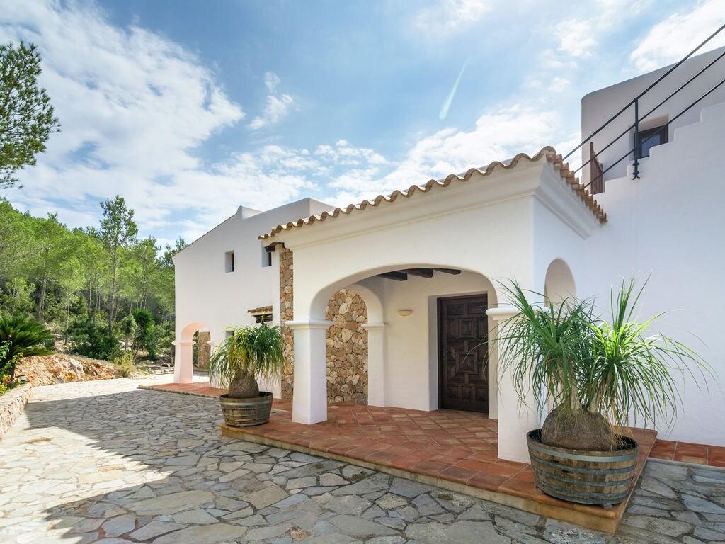 Ferienhaus Luxusvilla mit wunderschönem Pool in Santa Eulària des Riu (562867), Santa Eularia des Riu, Ibiza, Balearische Inseln, Spanien, Bild 7