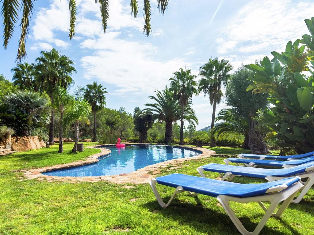 Ferienhaus Luxusvilla mit wunderschönem Pool in Santa Eulària des Riu (562867), Santa Eularia des Riu, Ibiza, Balearische Inseln, Spanien, Bild 4