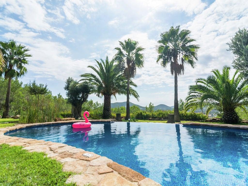 Ferienhaus Luxusvilla mit wunderschönem Pool in Santa Eulària des Riu (562867), Santa Eularia des Riu, Ibiza, Balearische Inseln, Spanien, Bild 5