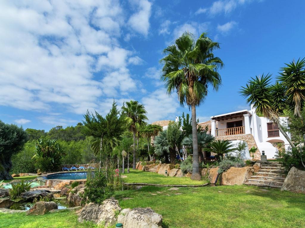 Ferienhaus Luxusvilla mit wunderschönem Pool in Santa Eulària des Riu (562867), Santa Eularia des Riu, Ibiza, Balearische Inseln, Spanien, Bild 3