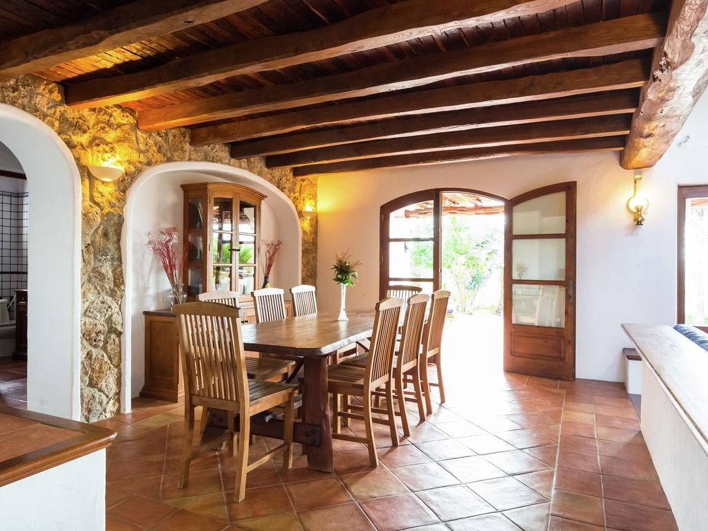 Ferienhaus Luxusvilla mit wunderschönem Pool in Santa Eulària des Riu (562867), Santa Eularia des Riu, Ibiza, Balearische Inseln, Spanien, Bild 11