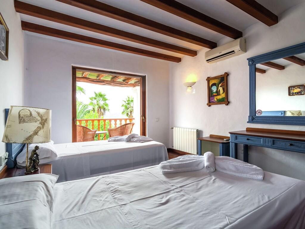 Ferienhaus Luxusvilla mit wunderschönem Pool in Santa Eulària des Riu (562867), Santa Eularia des Riu, Ibiza, Balearische Inseln, Spanien, Bild 16