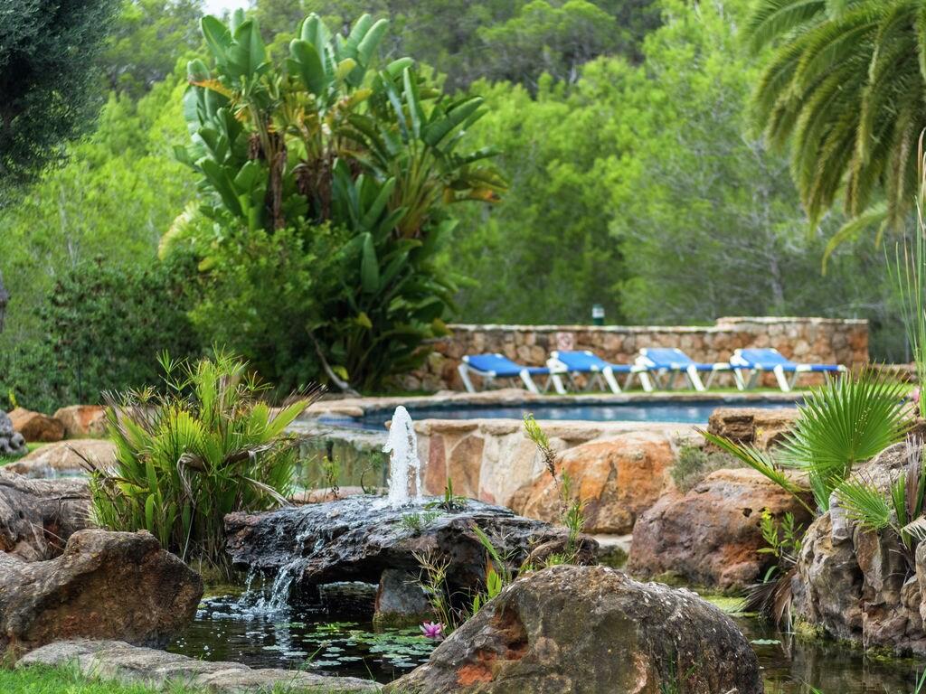 Ferienhaus Luxusvilla mit wunderschönem Pool in Santa Eulària des Riu (562867), Santa Eularia des Riu, Ibiza, Balearische Inseln, Spanien, Bild 30