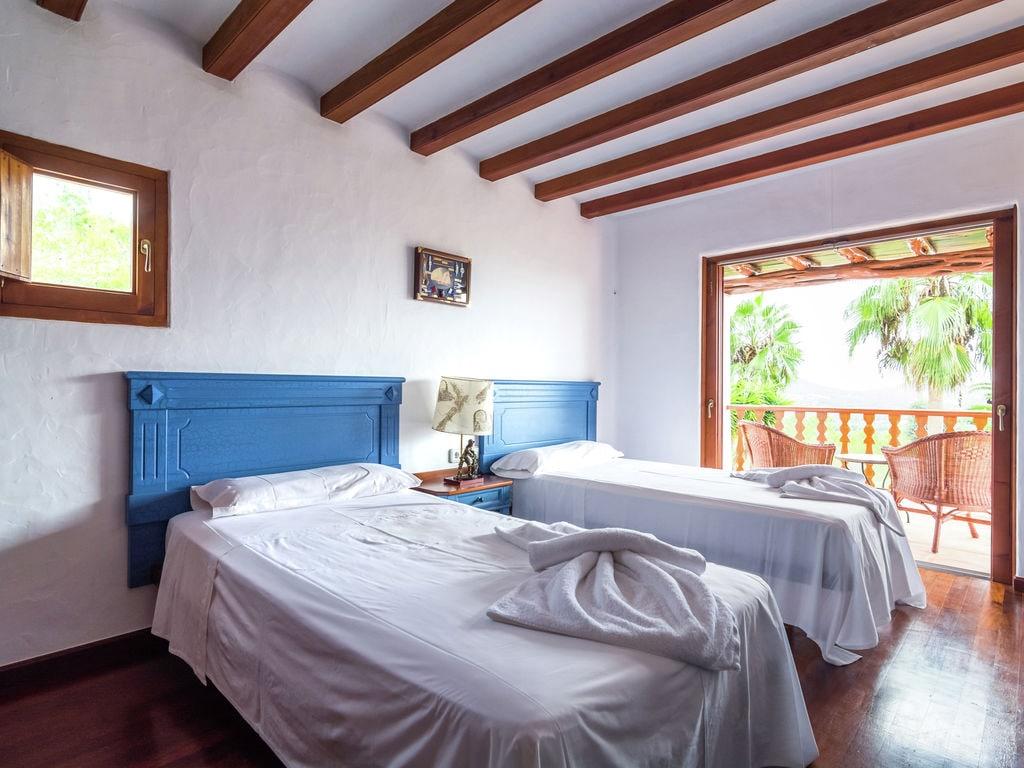 Ferienhaus Luxusvilla mit wunderschönem Pool in Santa Eulària des Riu (562867), Santa Eularia des Riu, Ibiza, Balearische Inseln, Spanien, Bild 15