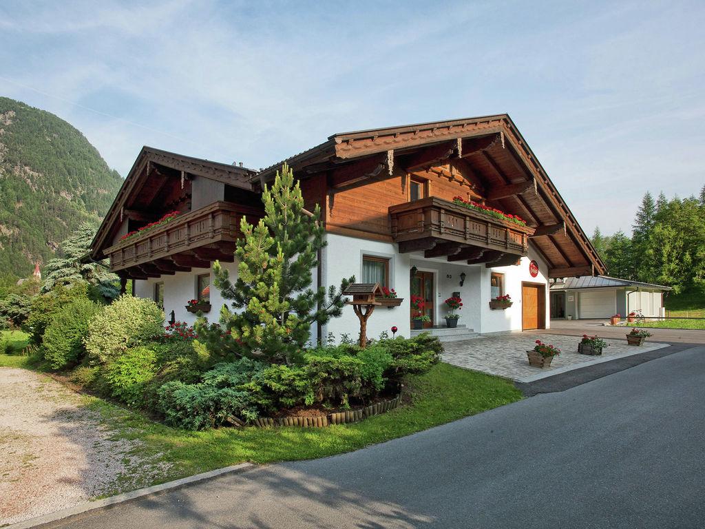 Appartement de vacances Gemütliche Ferienwohnung in Skigebietsnähe in Längenfeld (333310), Längenfeld, Ötztal, Tyrol, Autriche, image 1