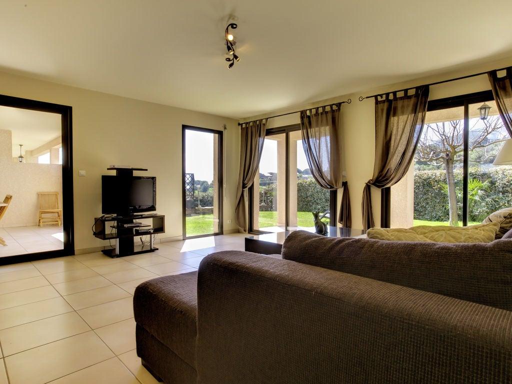 Ferienhaus Moderne Villa in Coggia mit Balkon (357210), Sagone, Südkorsika, Korsika, Frankreich, Bild 6