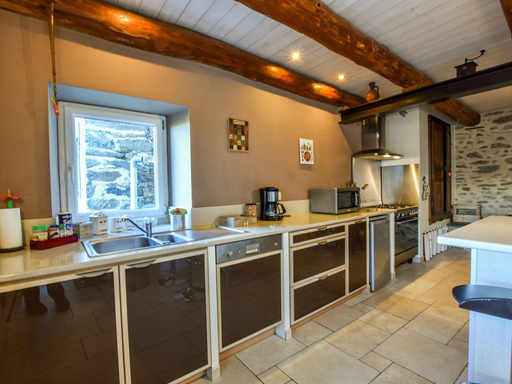 Ferienhaus Ruhiges Ferienhaus in Saint-Beauzire mit Garten (344463), Brioude, Haute-Loire, Auvergne, Frankreich, Bild 3