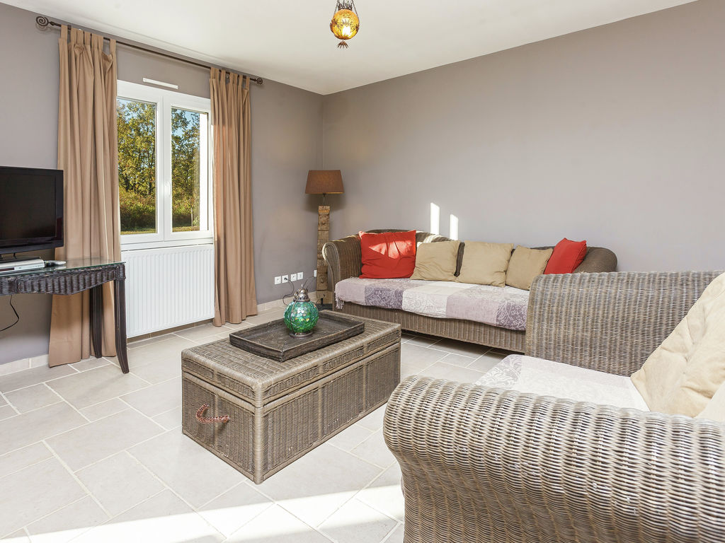 Ferienhaus Luxuriöse Villa in Cazals mit Swimmingpool (760397), Cazals, Lot, Midi-Pyrénées, Frankreich, Bild 11
