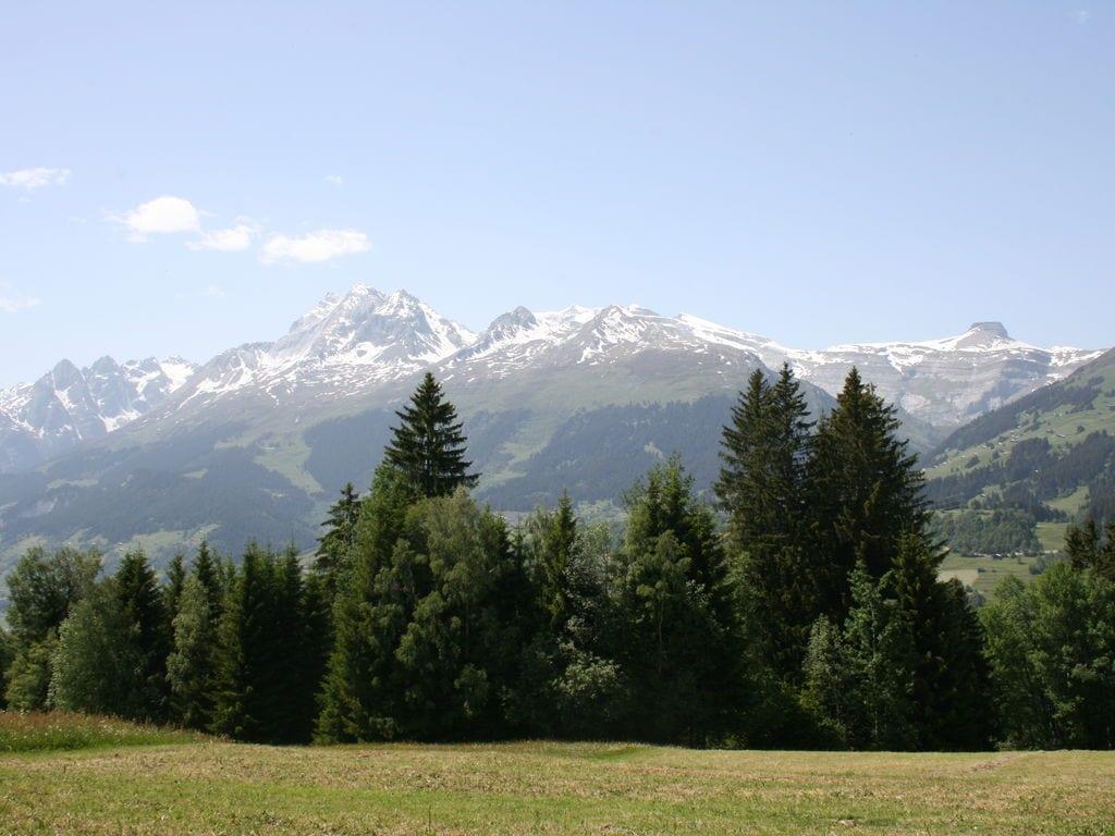 Ferienwohnung Großzügiges Ferienhaus mit eigener Terrasse in Obersaxen (343359), Obersaxen (alle), Surselva, Graubünden, Schweiz, Bild 13