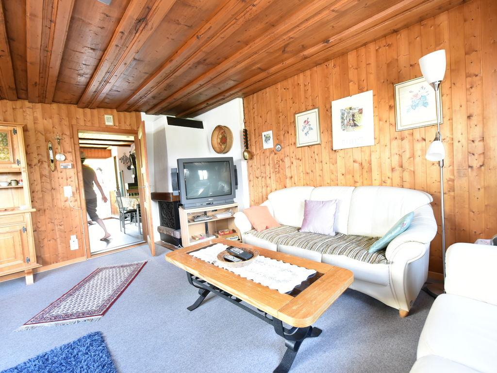 Ferienwohnung Großzügiges Ferienhaus mit eigener Terrasse in Obersaxen (343359), Obersaxen (alle), Surselva, Graubünden, Schweiz, Bild 8