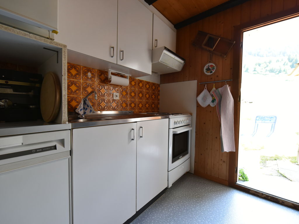 Ferienwohnung Großzügiges Ferienhaus mit eigener Terrasse in Obersaxen (343359), Obersaxen (alle), Surselva, Graubünden, Schweiz, Bild 4